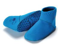 Halksockor i Neopren, håller fötterna varma i kallt vatten