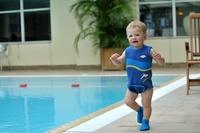 Våtdräkt för babysim i Neopren med 100% UV-skydd